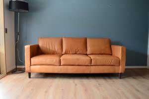 sofaonline - Sofa a medida de cuero Adela con tela Riga honey