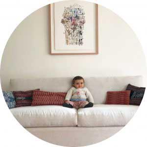 sofaonline - cliente satisfecho con compra de sofa