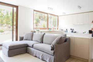 sofaonline - sofa a medida con puf independiente Ana y tela lino gris