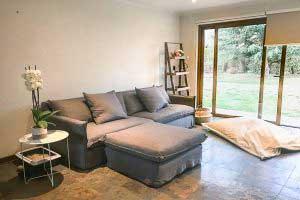 sofaonline - sofa a medida con puf independiente Ana y tela Lily 127
