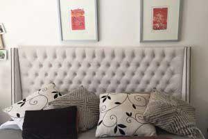 sofaonline - Respaldo para cama de capitone con tachas con tela Gamuza